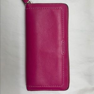 Coach Magenta Zipper Wallet, Like New